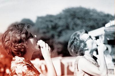 Bons baisers de Paris. 300 ans de tourisme dans la capitale